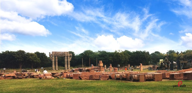 Ruins at Warangal Fort