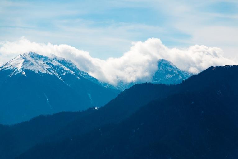 Yatripandit Mountains