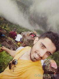That's how happy I get when I am on a trek !!